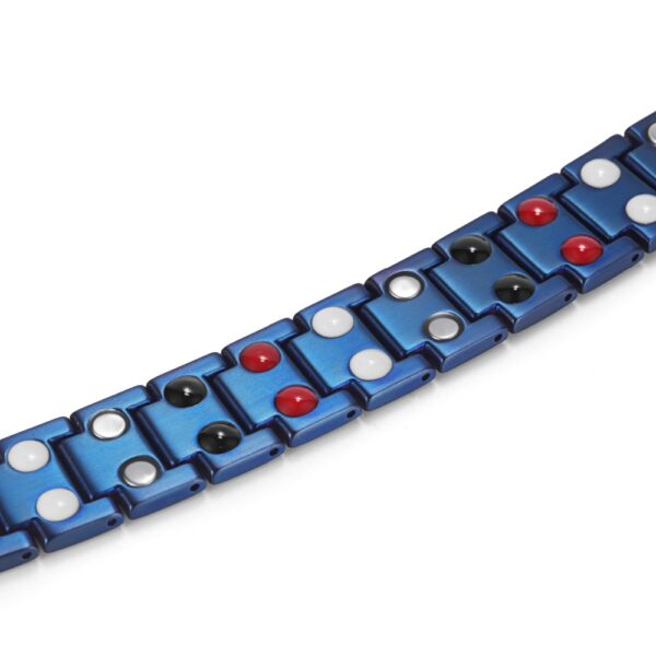 classic_titanium_magnetic_therapy_bracelet_blue_links2